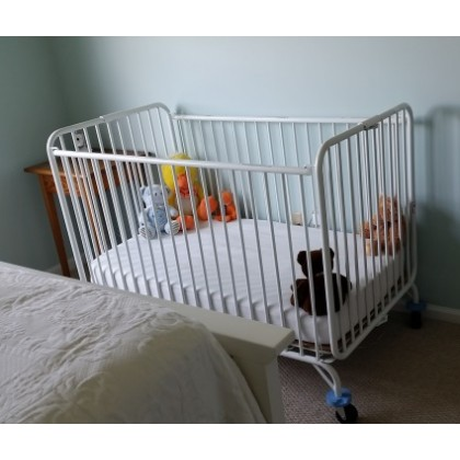 Full size crib (metal) folding